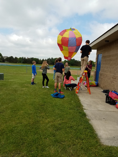 Hot Air Balloon Launch - Photo Number 2