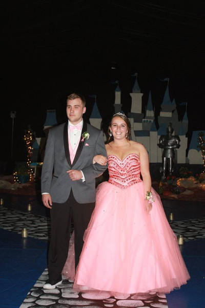 Prom 2016 - Photo Number 3